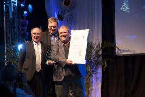 (auf dem Foto von links: Fichte-Vors. Reinhard Flormann, BB-Kreis-Vors. Michael Rosenthal und BG-Vors. Fredi Rissmann)