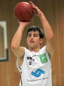 Basketball-Galavorstellung-bei-Bonner-Bundesliga-Reserve-UBC-Muenster-auf-dem-Koenigs-Weg
